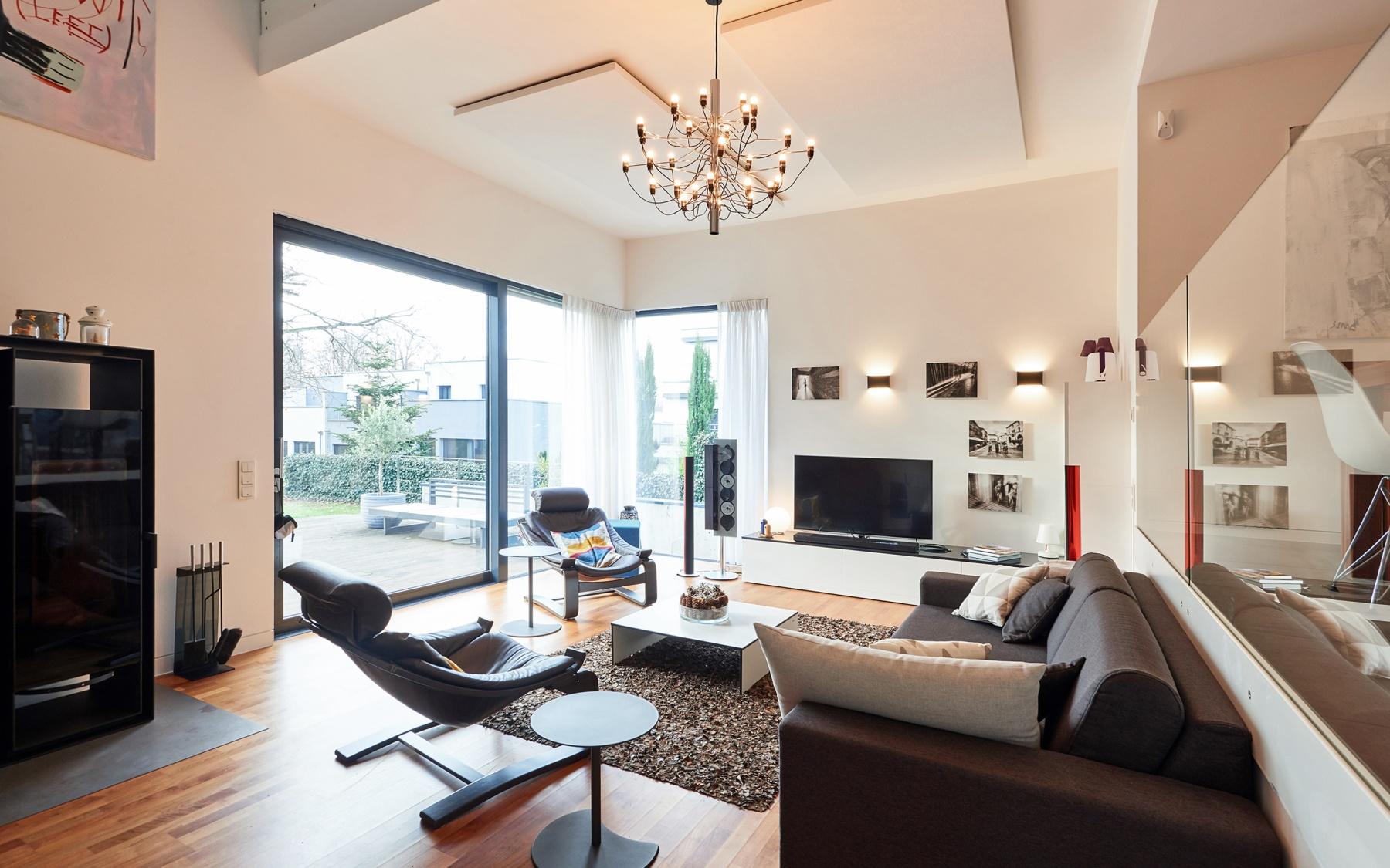 Maison d'architecte meublée à Bridel